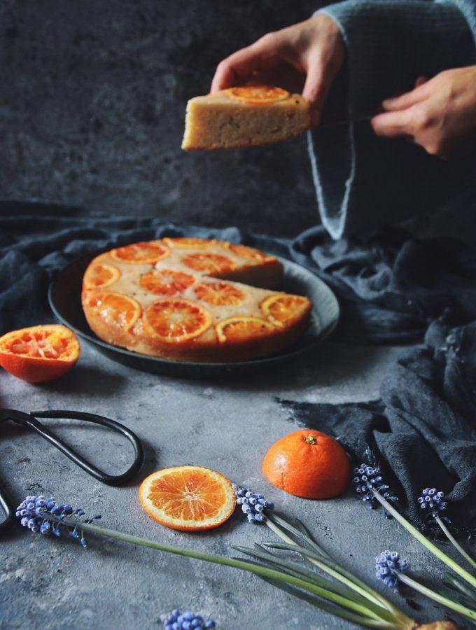 upp och ner kaka med citrusfrukt