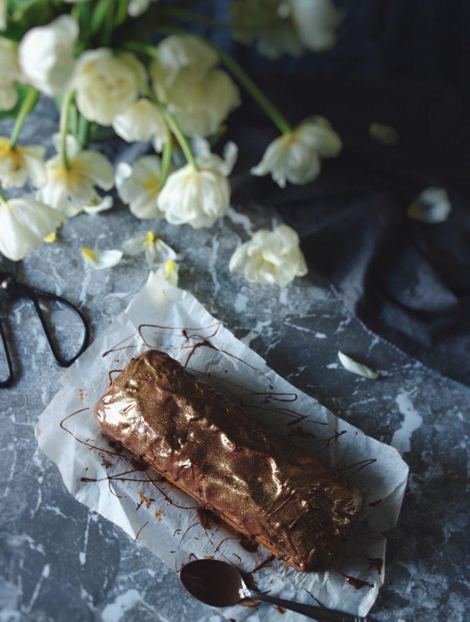 saftig sockerkaka med choklad tigerkaka