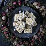 chokladfudge med mini marshmallows