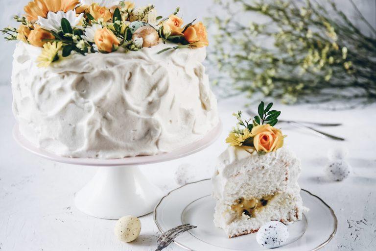 ttårta med passion curd och chantilly kräm